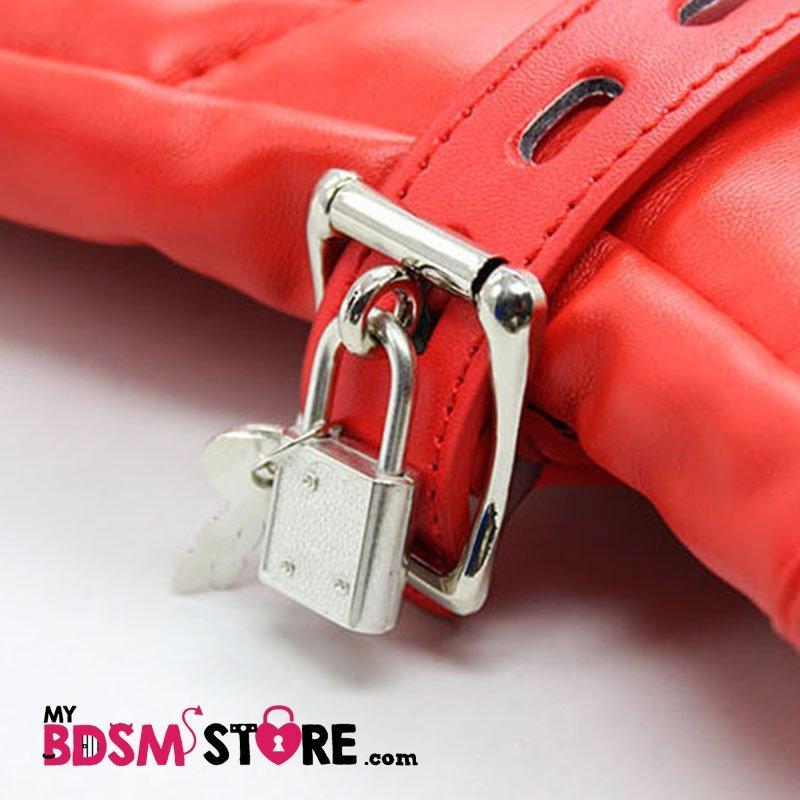 Mitones de cuero sintetico, restricción para bondage y bdsm - mittens detalle cierre y candado